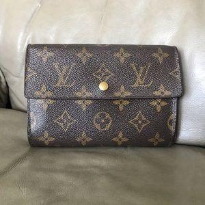 💕Louis Vuitton Wallet 💕💕💕💕💕💕💕💕💕💕💕💕💕
